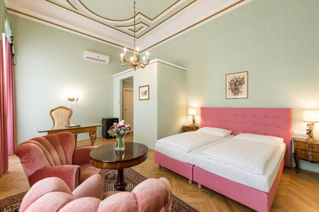 hotel regina where to stay vienna
