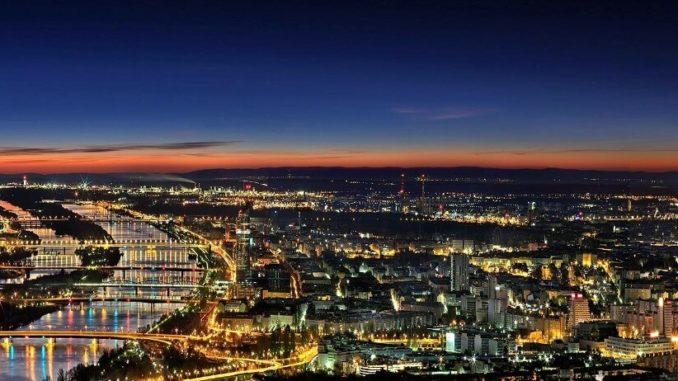 Best time to travel to Vienna Austria